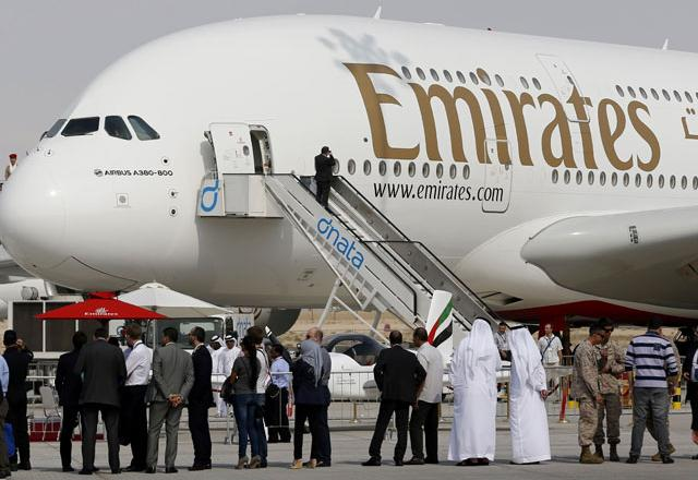 Emirates order pulls A-380 from brink of termination