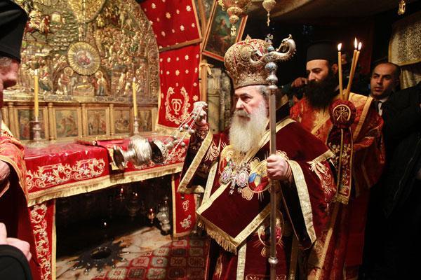 Khasawneh attends Orthodox Christmas mass in Bethlehem