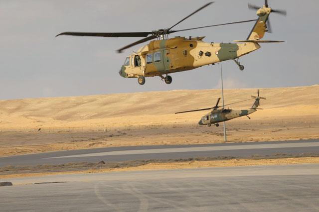 US delivers Black Hawk helicopters to bolster Jordan's border defences