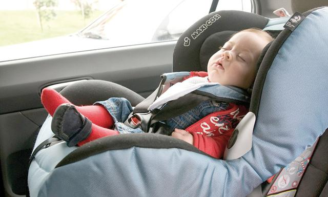 Rear-facing auto seats protect tots in crashes from behind