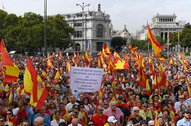 Catalan separatists take to the streets ahead of referendum
