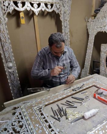 In Old Damascus War Threatens Syrian Handicrafts Jordan Times