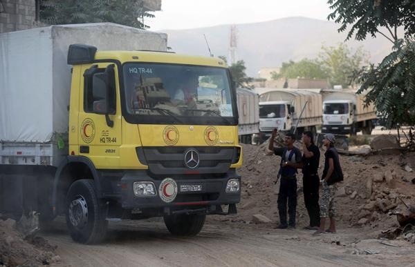 Evacuation deal struck in besieged Syrian suburb