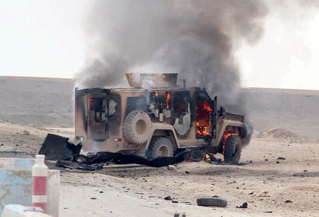 Suicide Attack on Kurdish-US Convoy 'Kills 5' thumbnail
