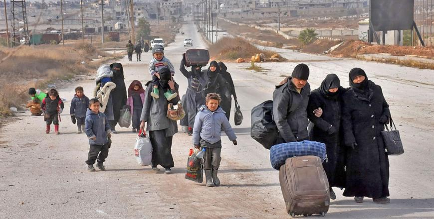 Syrians fleeing government advances in Aleppo shelled