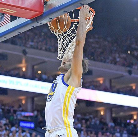 Kevin Durant scores 25 as Warriors take down Cavaliers