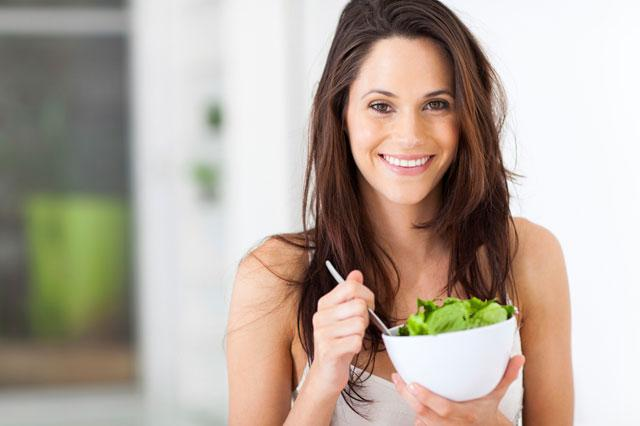 Eating green veggies daily keeps your brain 11 years younger