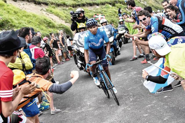Nairo Quintana takes 17th stage as Geraint Thomas solidifies lead